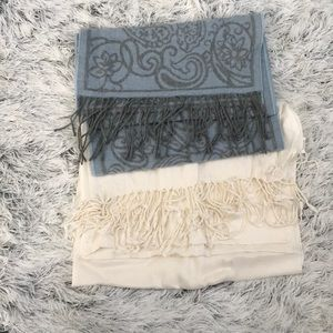 Accessories - Scarf and wrap/scarf